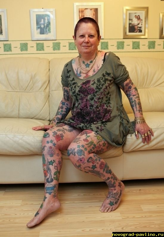 1392123140_grandmother_has_286_tattoos_01.jpg
